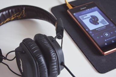 How to Start Listening to Audiobooks